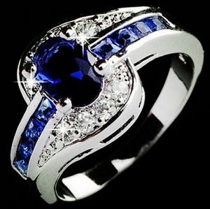 Jewelry - ❤Nwt Gorgeous Blue Sapphire Ring!